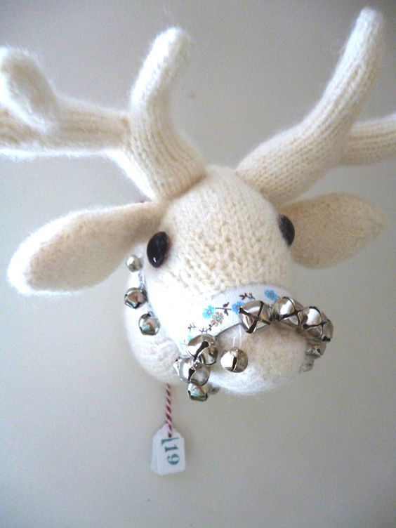 dotpebbles: ... and you've still time to knit this...