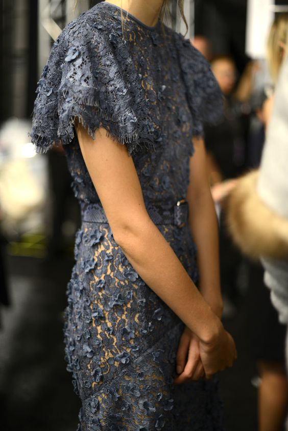 Amazing lace by Michael Kors ...now go forth share that Bow Diamond style ppl! Lol. ;-) xx