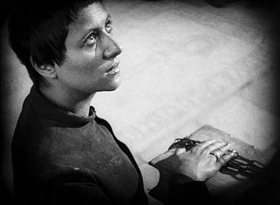 Northern Soul's Opera Correspondent Robert Hamilton reviews Lulu, Cavalleria Rusticana, Pagliacci, Le Passion de Jeanne D'Arc, and Street Scene.