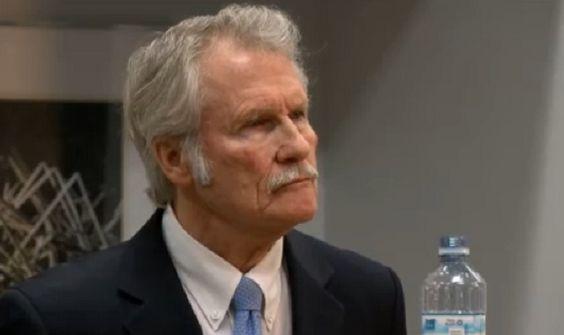 Oregon Gov. John Kitzhaber addresses the media over allegations concerning First Lady Cylvia Hayes, Jan. 30, 2015 (KOIN 6 News)