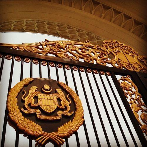 #Tumblr toopsyturvy:  Details #istananegara #palace #kl #malaysia...