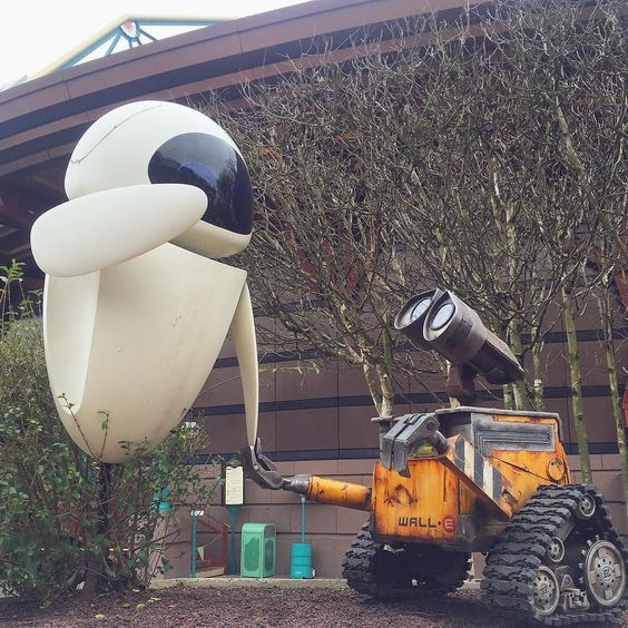 Wall-E  #disneylandparis by brogantatexo