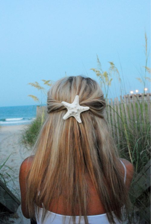Starfish as hair piece...I like it!