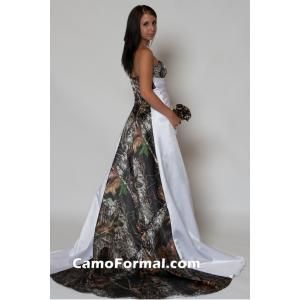 Camo Wedding Dress: Camouflage Wedding, Dream Dress, Camo Dress, Wedding Ideas, Future Dress, Dream Wedding, Dress Camo, Camo Wedding Dresses, Future Wedding