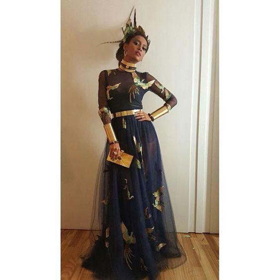 É hoje! #BaileDaVogue #BaileDaVogue2016 Vestido @maisonvalentino, make @w.eliodorio e jóias @espacolydiadana: