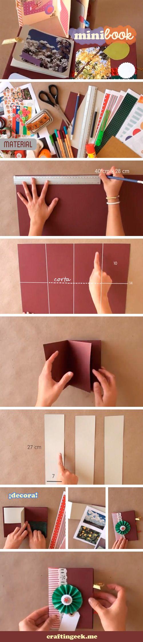 Minibook Scrapbook. Entre una carta y un álbum, este proyecto está genial pues puedes decorarlo con fotos, tags, papel decorado, listones y lo que te venga a la mente. Te enseño a hacerlo sin morir en el intento.
