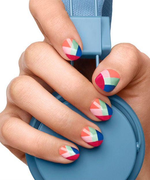 nail-art-essie-watermelon-multicolor