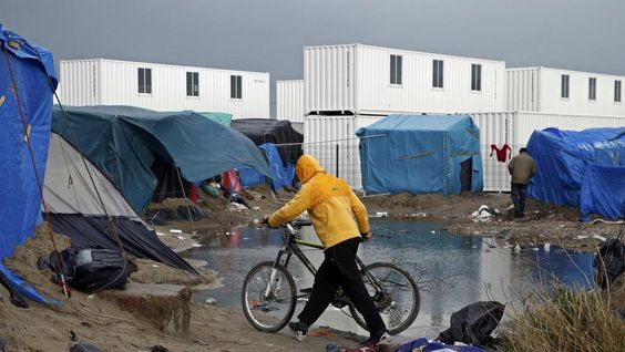 Grande SYNTHE - Near Calais - North of Francemedia - A new camp is being built