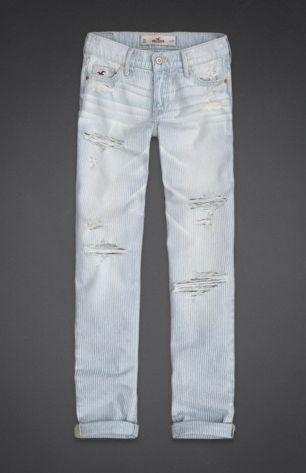 Lightwash destroyed bf jeans. Hollister.