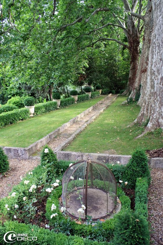Jardins All Es De Jardin And Arbres On Pinterest