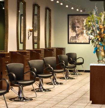 Tour the best salon and spa d cor photos see how salon for A design and color salon