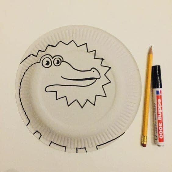 نشاط اعادة تدوير من اطباق الفل اصنعي لابنك اشكال فنية جميله محببة للاطفال Fun Halloween Crafts Preschool Creative Art Paper Plate Crafts For Kids