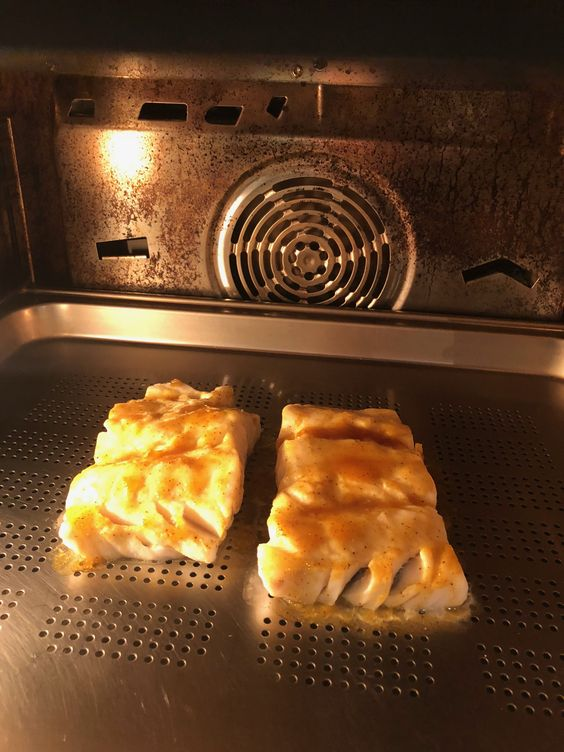 Cod With Mango Sauce Convection Steam 425 For 8 Minutes Food Mango Sauce Steam Oven