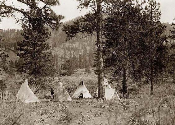 Spokan Indian Camp 1910