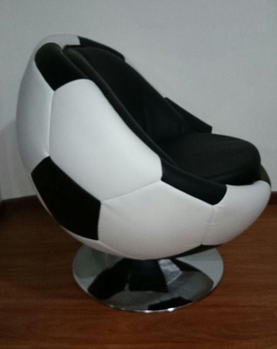 Silla en forma de Balón de Fútbol.