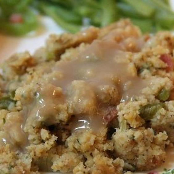 Holiday Cornbread Dressing