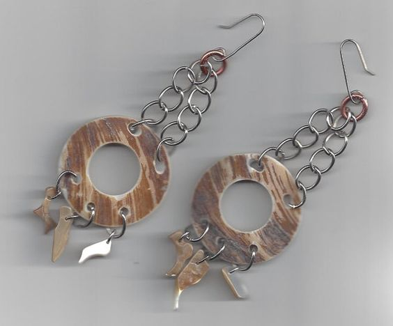 Beautiful shell earrings by Patrisha Black.  by RoseFireDesigns
