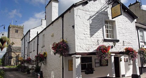 The Sun Inn - Stay in a five star Lake District inn - Kirkby Lonsdale - Cumbria. Beuatiful place to stay! We stayed here last year on New YEar's eve. Fantastic service, great walks and beautiful countryside and setting. Great place to get away!
