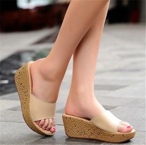 FUN.S Summer Women Slippers Leather Open Toe Middle Heel Shoes Women Wedges Slippers Slides Sandals