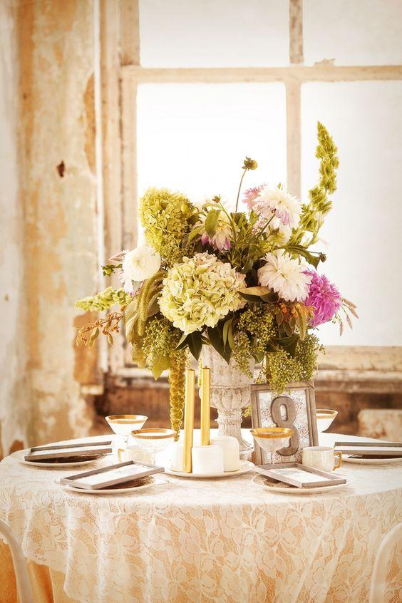 artistic-loft-wedding-ideas