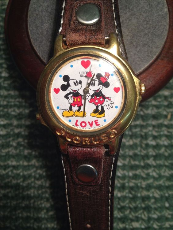 Mickey Mouse Watch  Lorus Musical  Beatles Hold Your Hand Mickey and Minnie