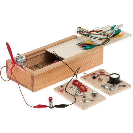 elektro baukasten bausatz f r erste arbeiten mit holz und elektrotechnik einfache schaltkreise. Black Bedroom Furniture Sets. Home Design Ideas