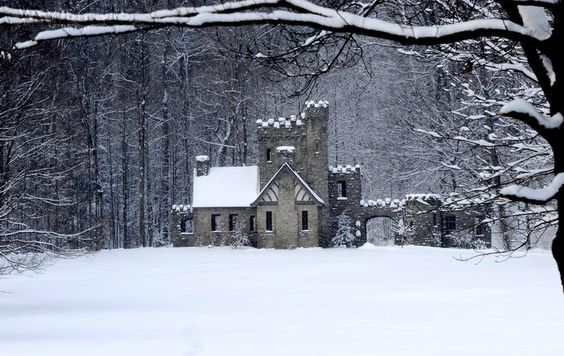Winter is coming. Squire's Castle, Ohio.