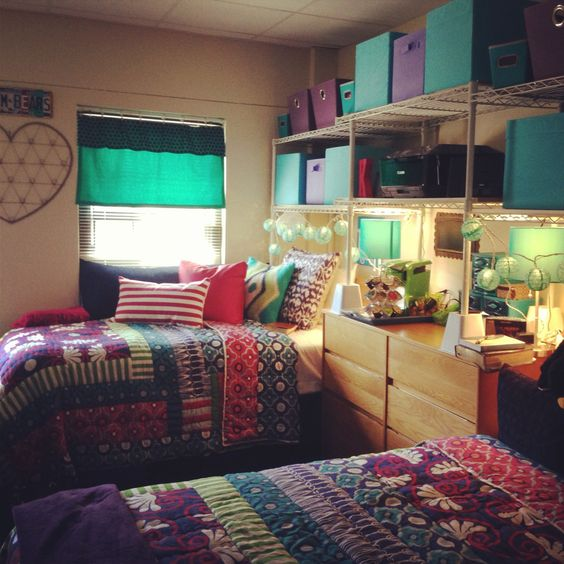 Decorating Ideas > Furniture Set Up Idea I Like The Idea Of Having The Wire  ~ 020021_Cool Double Dorm Room Ideas