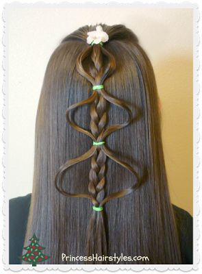 Bubble braid Christmas tree hairstyle tutorial.  Easy!