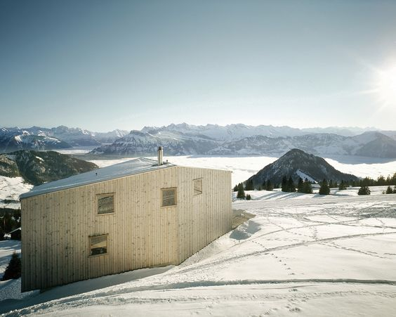 AFGH Architects dwelling on the top of the mount Rigi