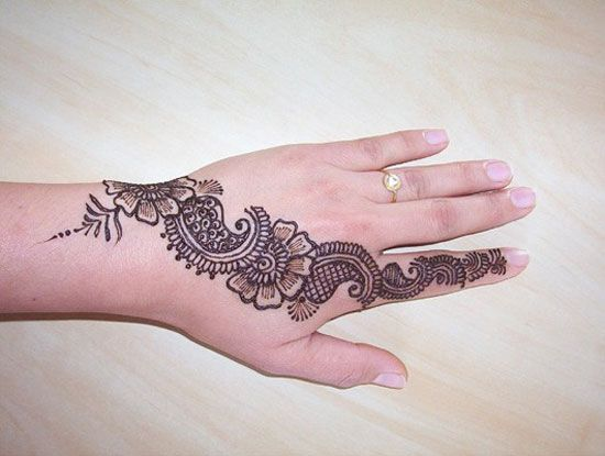 Mehndi Designs New Simple : Very simple easy best mehndi patterns for hands feet