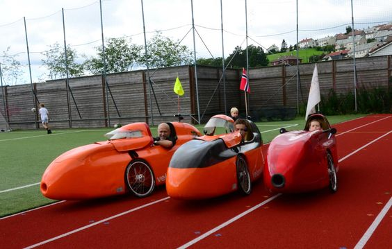 Landås i Bergen, Hordaland 3 WAW velomobiler på Klimadagene