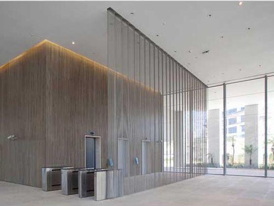 Malha metálica para ambientes corporativos, também o máximo. #vivianedinamarco #cortina #decoraçao #decor #designdeinteriores