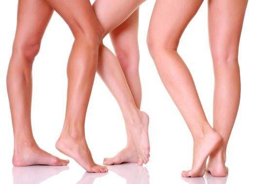 Avere gambe più magre non è impossibile anche se il nostro problema è la cellulite. Basta saper scegliere gli esercizi giusti, come lo stretching, e usare scarpe con i tacchi!