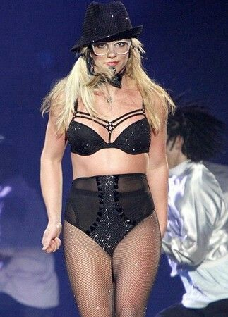 She wore a bunch of glasses during TCS:BS Tour...