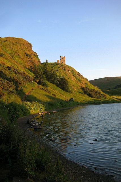 St Margaret's Loch and St Anthony's Chapel, Holyrood Park, Edinburgh, Scotland