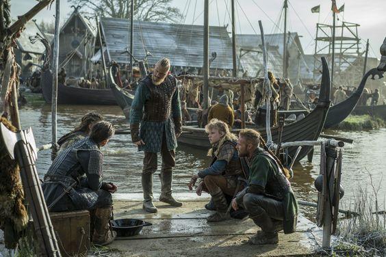 Vikings - Bjorn with Hvitserk, Ivar, Ubbe and Sigurd