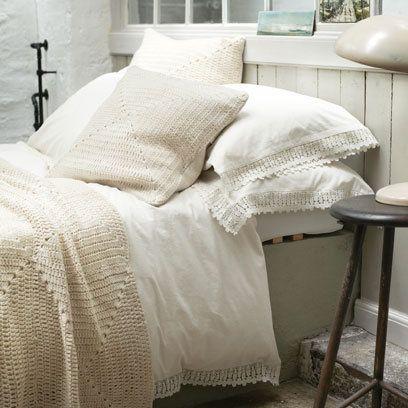 Toast Bedroom Layering Bed Linen Decorating Ideas Interiors