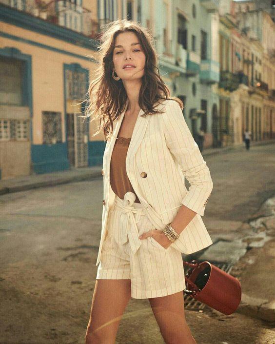 TERNINHO FEMININO COM SHORT RISCA DE GIZ - @sezane - #ternofeminino #terno #terninho #short #riscadegiz #moda #estilo #tendência #tendencia #modafeminina #modaderua #estiloderua #blogueira #blogueirademoda #blogdemoda #look #lookdodia #looks #gostodisto