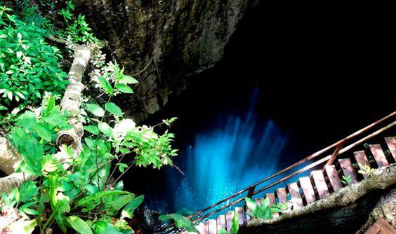 Cenote Nayáh, Yucatán, México