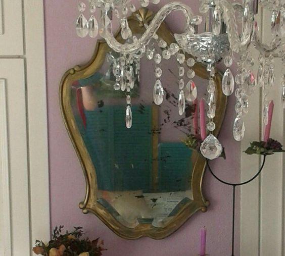 Segunda oportunidad para un bonito espejo abandonado