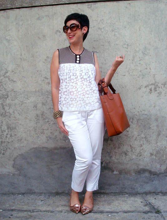Comprei e nunca usei: blusa de tricô com tule