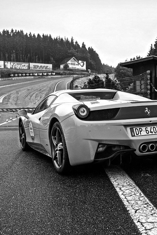 Desaturate Define Original Coloured Supercars Photography Ferrari Italia Spa E90 Bmw Sportwagen