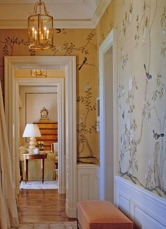 Chinoiserie wallpaper 'Badminton' design. Photography by Fritz von der Schulenburg, interior design by Bunny Williams