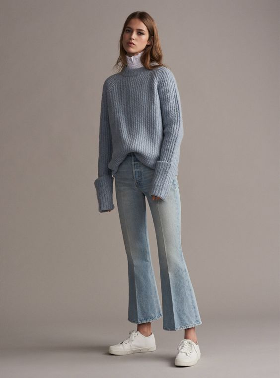 Gli Arcani Supremi (Vox clamantis in deserto - Gothian): Trend alert and must have for 2018: cropped pants, high waist bootcuts, culottes, wide leg pants, flared, ankle boots, flounce pants, fringed bottoms, splitted pants, popper pants. Tutte le alternative ai vecchi skinny