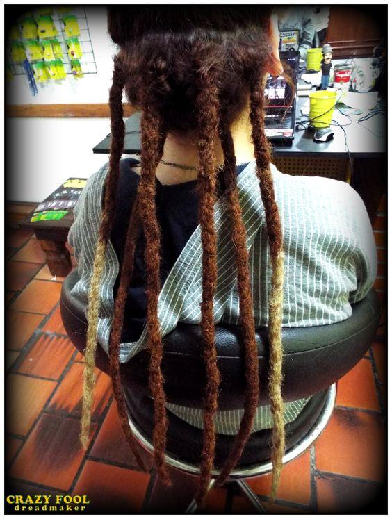 Mais dreads com alongamento nos cabelos de Maria Luiza de Cachoeirinha - RS