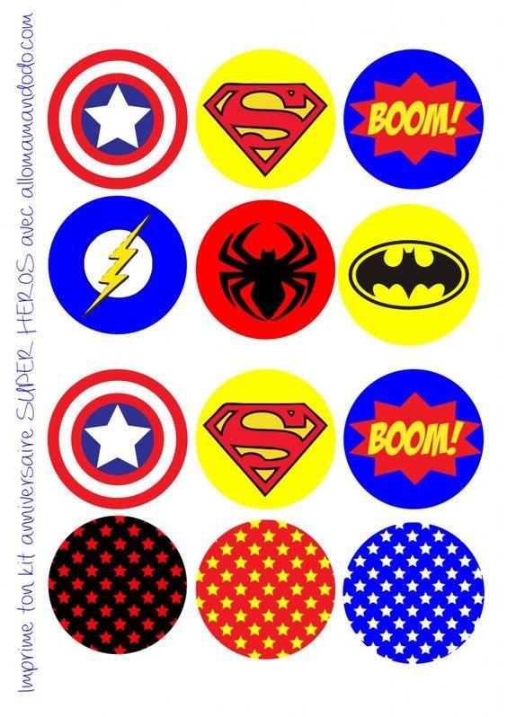 anniversaire super héros pic cupcakes déco décoration anniversaire super héros topper imprimer free printable  http://allomamandodo.com/anniversaire-de-super-heros-deco-sweet-table-kit-imprimer-en-cadeau/