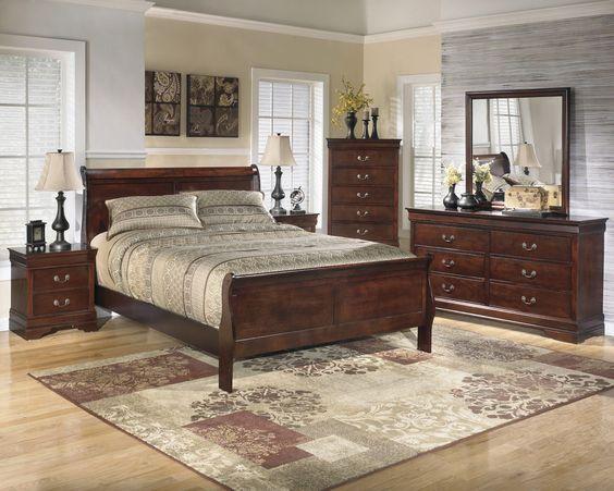 Alisdair 5 Piece Traditional Style Dark Brown Finish Queen Bed Bedroom Set #AshleyFurniture