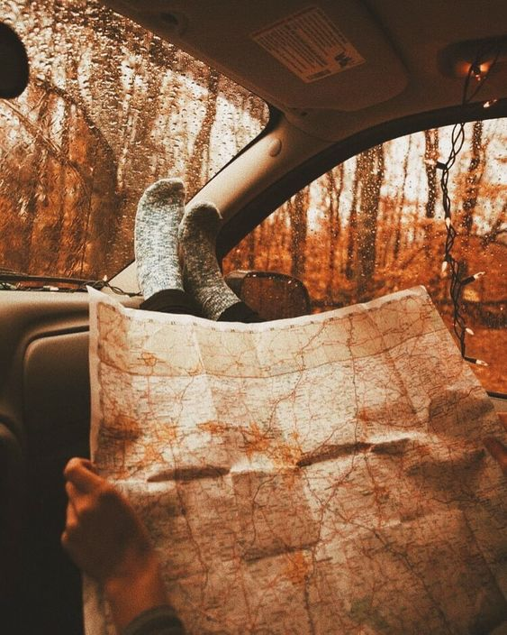 Question: does any use paper maps anymore? - Ruta 🍁 #autumn #fall #weheartautumn #autumninstagram #pumpkins #orange #september #october #november #autumnlove #autumnobssed #fallobsessed #autumnal #instafall #instaautumn #autumn2018 #autumnaccount #halloween #autumncolours