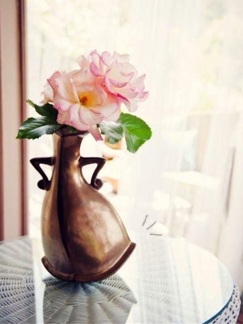darling vase!